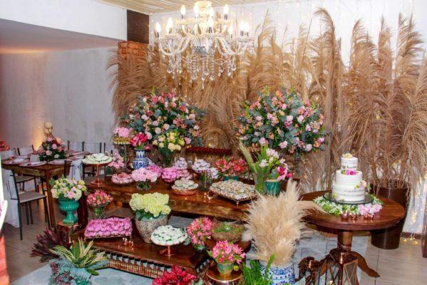 15 anos decoração floral